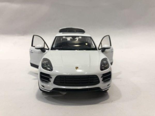 Porsche Macan a Escala 1:24