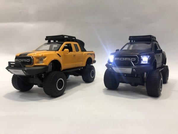Ford Raptor Llantas Monster Todo Terreno Escala 1:25