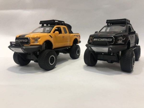 Ford Raptor Todo Terreno Escala 1:24