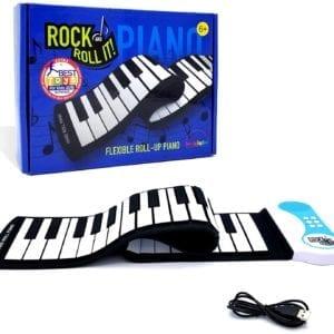 Piano a blanco y negro eléctrico